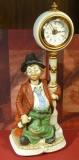 Lamppost Willie mit Uhr, aus der Serie Melody in Motion